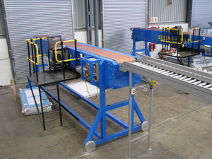Extend-A-Belt�� Telescopic Belt Conveyors